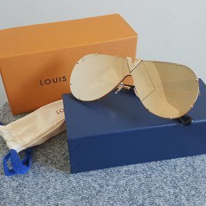 New! Louis Vuitton Drive Strass Gold Sunglasses